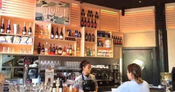 Bar Glups im Stadteil Born
