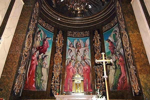 Kathedrale des Meeres Vorderteil mit Altar
