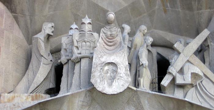 Fassade Sagrada Familia Leidensweg